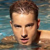 Justin Hartley is 'Aquaman'