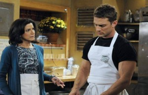 Saundra Santiago (Carlotta) and David Fumero (Cristian) in a scene from 2009. Keysha McGrady/ABC