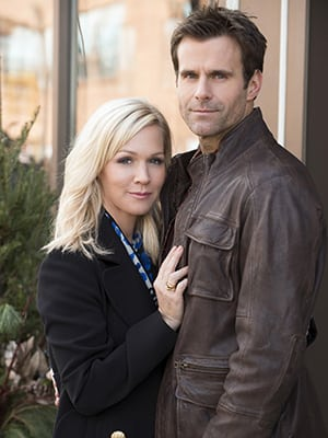 Cameron Mathison and Jennie Garth to Star in ABC Family Holiday Flick; Both Actors Slated to Promote the Film via 'The View'