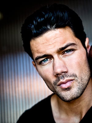 Actor/Model Ryan Paevey Bringing New Meaning To Detective Work on 'General Hospital'