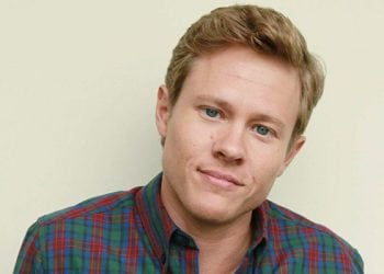 """DETAILS: Guy Wilson Talks Trouble and Mysteries Ahead For 'DAYS"""" Will, Sonny and Lucas"""