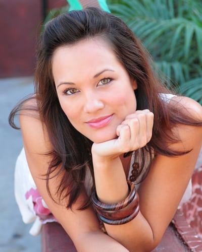 Nadine Nicole Official Website