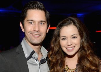 Shane Aaron, Teresa Castillo