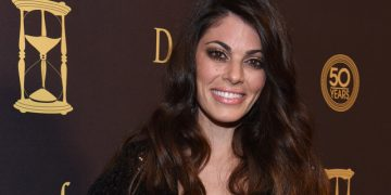 Daytime Alum Lindsay Hartley Plays Evil in 'Deadly Attraction'